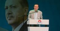 Zabijte Erdogana jeho vlastními zbraněmi? Švýcarsko zahájilo vyšetřování kvůli transparentu - anotační obrázek