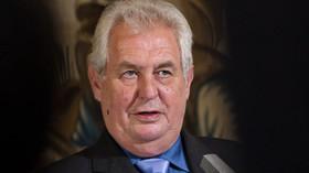 Prezident Miloš Zeman a předseda Českomoravské konfederace odborových svazů Josef Středula vystoupili 21. srpna na tiskové konferenci v Praze.