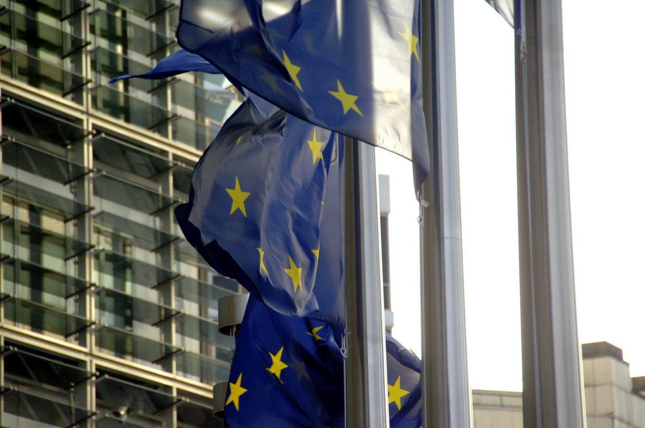 Další rána pro EU: Smlouva Německa a Francie je obrovská facka Bruselu a dárek euroskeptikům! - anotační obrázek