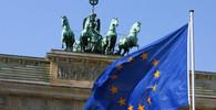 Část zemí EU se bouří: Unijní fondy by měly být podmíněny kooperací v migrační krizi - anotační obrázek