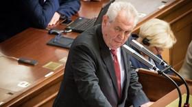 Prezident Zeman v Poslanecké sněmovně (2.9.2014)