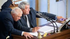 Jaroslav Faltýnek /ANO/ a Vojtěch Filip /KSČM/ v Poslanecké sněmovně