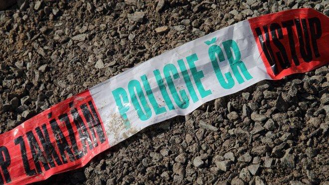 Podivná smrt muže (†36) v Ostravě. Ležel zraněný, pak zemřel. Policie hledá svědky