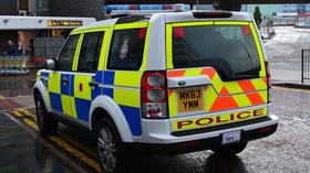 Hrůza u Londýna: Auto v plné rychlosti vjelo do lidí, řada vážně zraněných - anotační foto