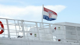 Češi si vozí covid-19 z Chorvatska, ukazují data - anotační foto