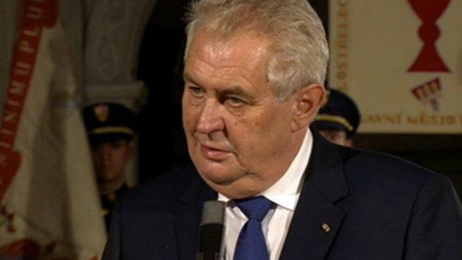 Předávání státních vyznamenání prezidentem republiky u příležistosti 28. října - výročí vzniku samostatného československého státu