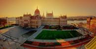 Centrem Budapešti otřásla mohutná exploze, zranila dva policisty - anotační obrázek