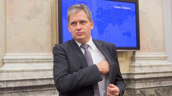 Jiří Dienstbier /ČSSD/, ministr bez portfeje
