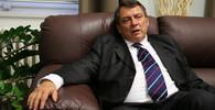 Nelegální příjmy Paroubka? Policie se výroky jeho ženy už zabývat nebude - anotační obrázek