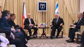 Premiér Bohuslav Sobotka s izraelským prezidentem Reuvenem Rivlinem