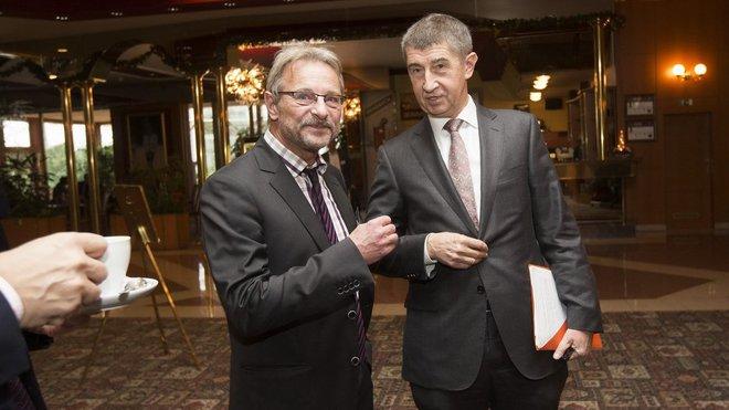 Ředitel Zlaté koruny Pavel Doležal (vlevo) Andrej Babiš /ANO/, ministr financí