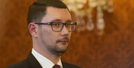 Mluvčí Hradu Ovčáček poskytl rozhovor propagandistickému webu. Mluvil o referendu - anotační obrázek