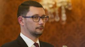 Ovčáček se pustil do Drahoše: Neschovávejte se! Napsal mu i seznam - anotační foto