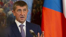 Kdy se život v Česku vrátí k normálu? Babiš naznačil termín, změny ve vládě odmítá - anotační foto