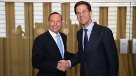 Tony Abbott, australský premiér a Mark Rutte, předseda vlády a šéf Rady ministrů Nizozemského království