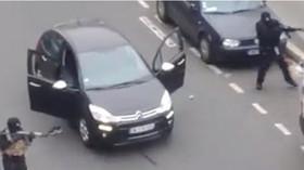 První foto střelců, kteří v redakci zastřelili nejméně 12 lidí