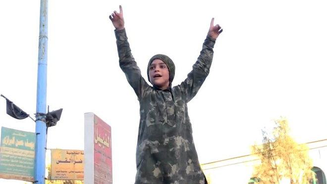 Islámský stát, členy jsou mnohdy zfanatizované děti