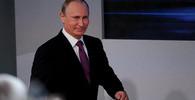 Putin se setkal s Ficem, že věří v obnovení obchodu obou zemí - anotační obrázek