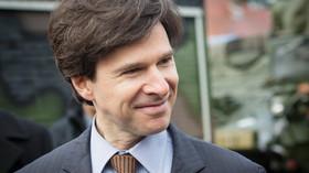 Dragoon Ride kempuje v Praze: Andrew Schapiro, velvyslanec USA v Česku (31.3.2014)