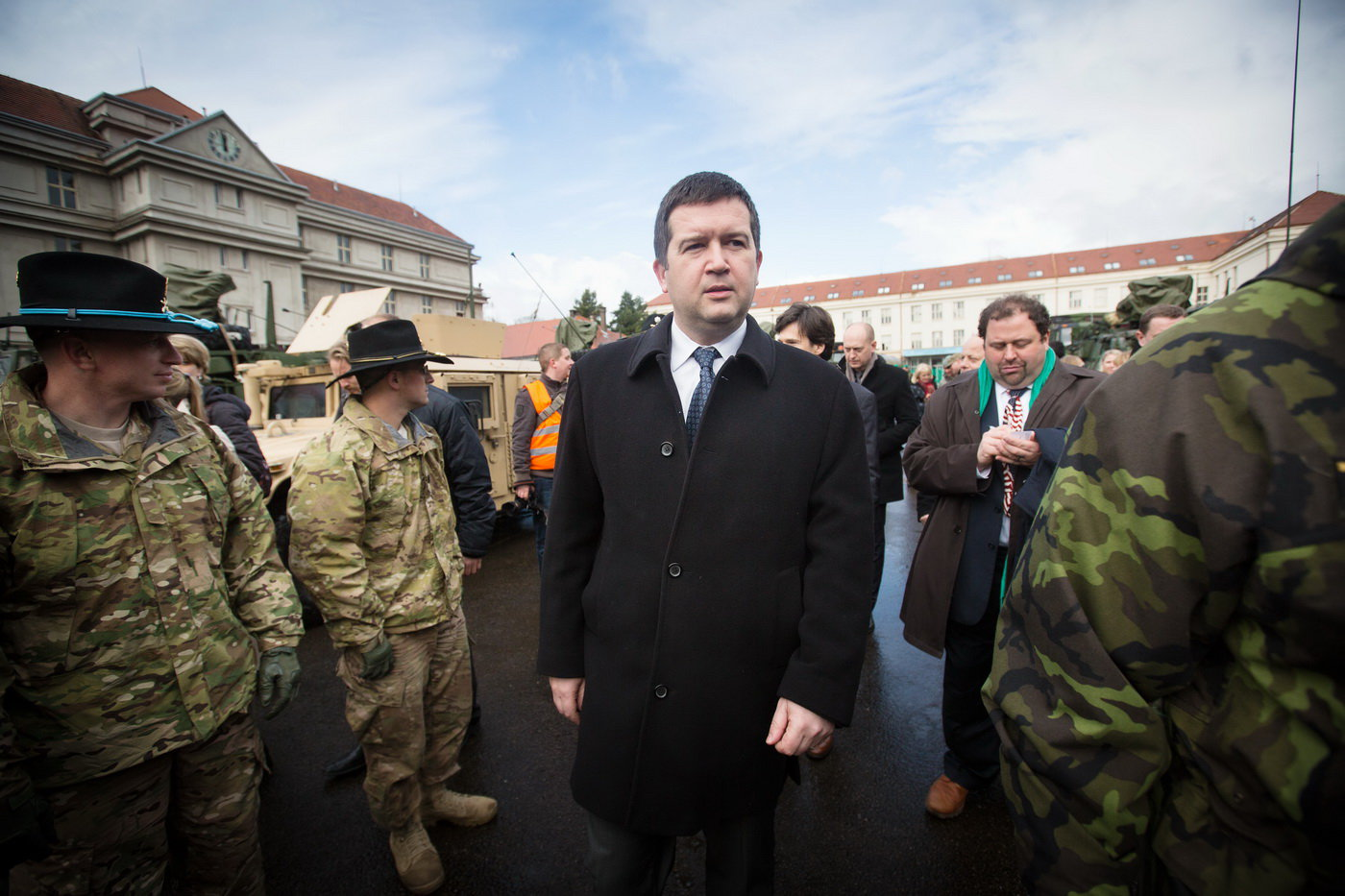 Hamáček by v Česku chtěl summit Bidena s Putinem - anotační foto