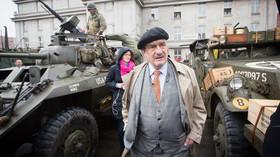 Dragoon Ride kempuje v Praze: Karel Schwarzenberg /TOP 09/ (31.3.2014)