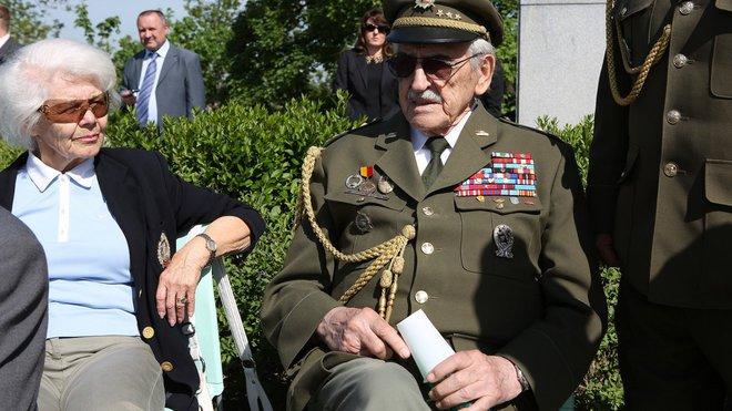 Národní památník na Vítkově - pietní akt u příležitosti oslav 70. výročí konce druhé světové války