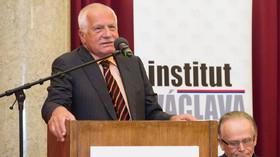 Exprezident Klaus vyzval vládu, aby nepřistoupila na rozdělení evropských peněz - anotační foto