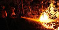 Ohně v Portugalsku uvěznily 2000 obyvatel vesnice - anotační obrázek