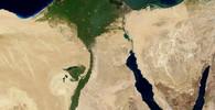 Egyptská armáda zareagovala na masakr na Sinaji, zahájila nálety na úkryt radikálů - anotační foto
