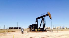 Kapalina cennější než voda? Co vše se dnes vyrábí z ropy? - anotační foto