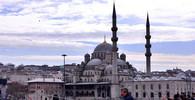 Západ a islám ve válce? Třetina občanů země EU tomu věří - anotační obrázek