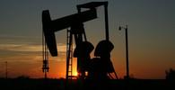 Írán USA ignoruje, ropu chce prodávat dál - anotační obrázek