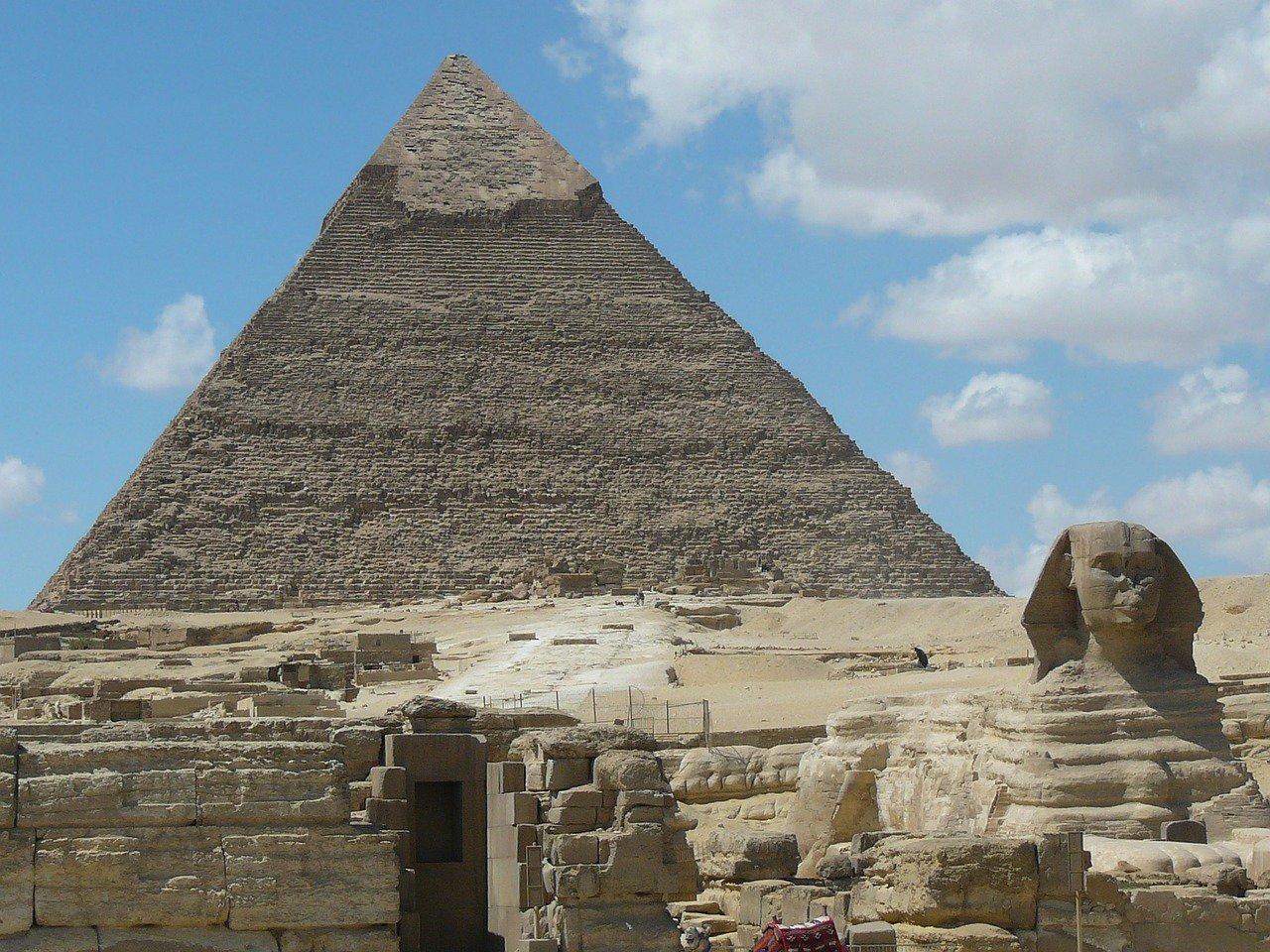 Co skrývá Velká pyramida v Gíze? Vědec poodkryl pozadí mimořádného objevu - anotační obrázek