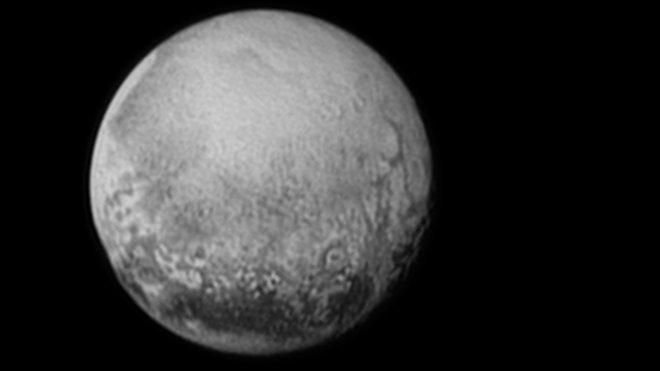 NASA zveřejnila snímky planety Pluto