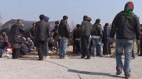 Covid-19 se šíří mezi migranty. Další tábor v Řecku musel do karantény - anotační foto