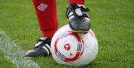Fotbalový klub vybírá peníze pro malého fanouška - anotační obrázek