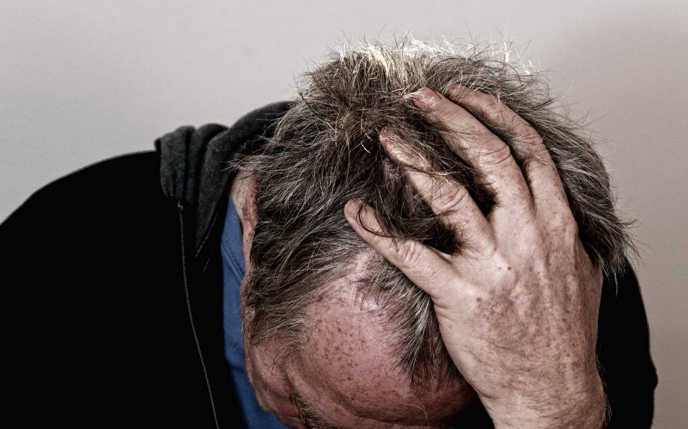 Češi jsou nejnezdravější národ na světě, může za to alkohol, cigarety a obezita - anotační obrázek