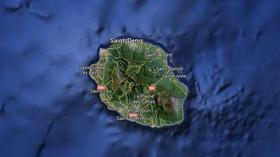 Ostrov Reunion, na kterém byly pravděpodobně nalezeny trosky letu MH370