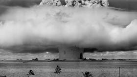 Lidstvo dělí propast, pomůže jen obrovská katastrofa, tvrdí historik - anotační foto