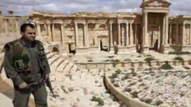 IS zveřejnil údajné snímky zničení Baal-Šaminova chrámu v Palmýře