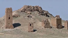Radikálové z Islámského státu zničili v syrské Palmýře tři nejzachovalejší z věžových hrobek