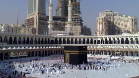 Mekka je město s cca 2 miliony obyvateli v západní části Saúdské Arábie. Je hlavním městem provincie Mekka v regionu Hidžáz. Je rodištěm Mohameda, proroka islámu, a je nejsvětějším městem islámu. Každým rokem putuje na pouť během hadždže (islámský měsíc dhú'l-hidždža) do Mekky tři milióny muslimů, přičemž nevěřícím je vstup do města tradičně zakázán.