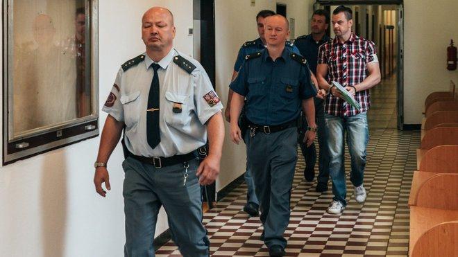 Petr Kramný u soudu (15. 9. 2015)