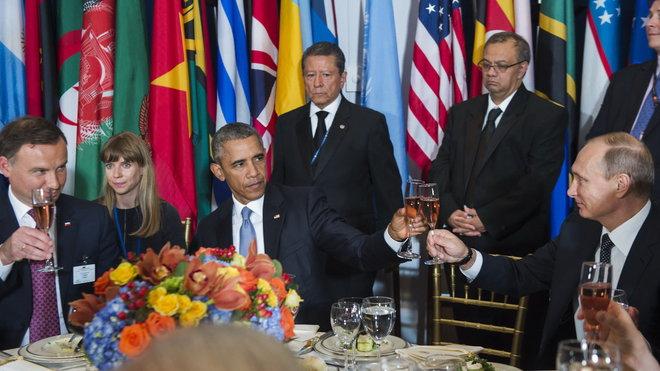 Barack Obama se setkal s Vladimirem Putinem v OSN