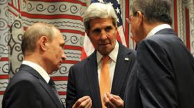 Vladimir Putin, ruský prezident jedná s Kerrym a Lavrovem.