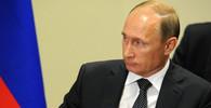 Proč Putin nenosí roušku? Novináři chtěli odpověď, mluvčí Kremlu se jen vykrucoval - anotační obrázek