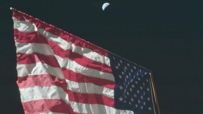 NASA zveřejnila unikátní snímky z misí Apollo