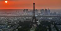 Auto z útoku v Barceloně bylo před týdnem v Paříži, píše španělský tisk - anotační obrázek