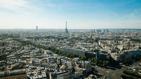Poplach v Paříži: Neznámý muž napadal nožem cestující v metru - anotační foto