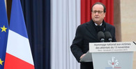 Francouzský prezident ocenil úspěchy válečné kampaně proti IS za poslední rok - anotační obrázek